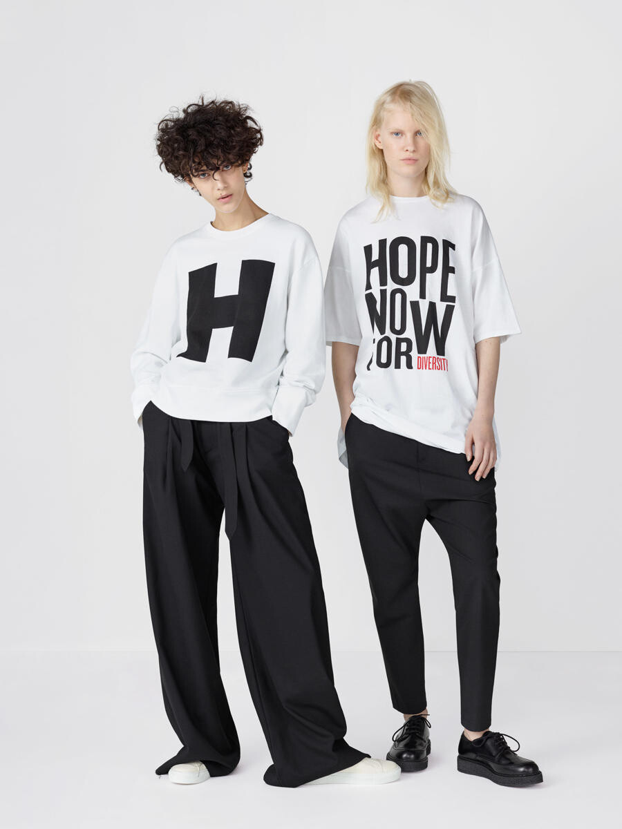 Projects%2F1473257789 hope%2Fimages 05 lb hope aw16 women 032