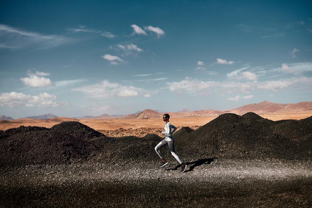 RUNNING 2.1 0142 srgb